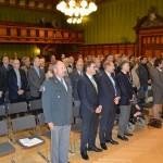 GV15_Teilnehmer singen Nationalhymne